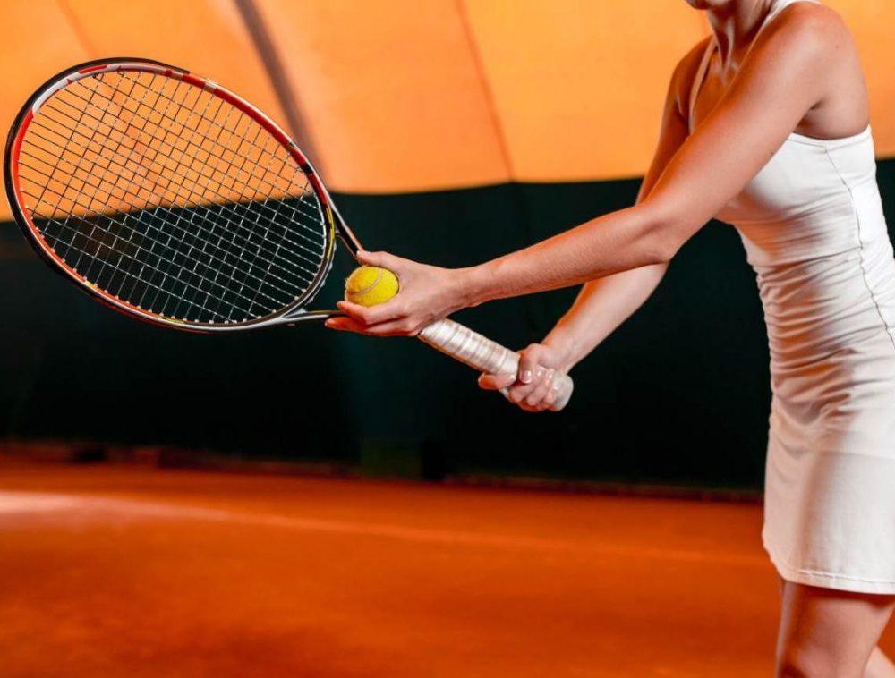 Talia Diamond Physiotherapist Propel Physiotherapy Etobicoke Physiotherapy Pickering playing tennis